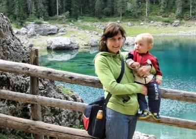 Lorenzo e Chiara sul Lago di Carezza