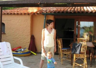 Sardegna con bambini, perfetta soprattutto se in vacanza in una villa a 10 metri dall'acqua!