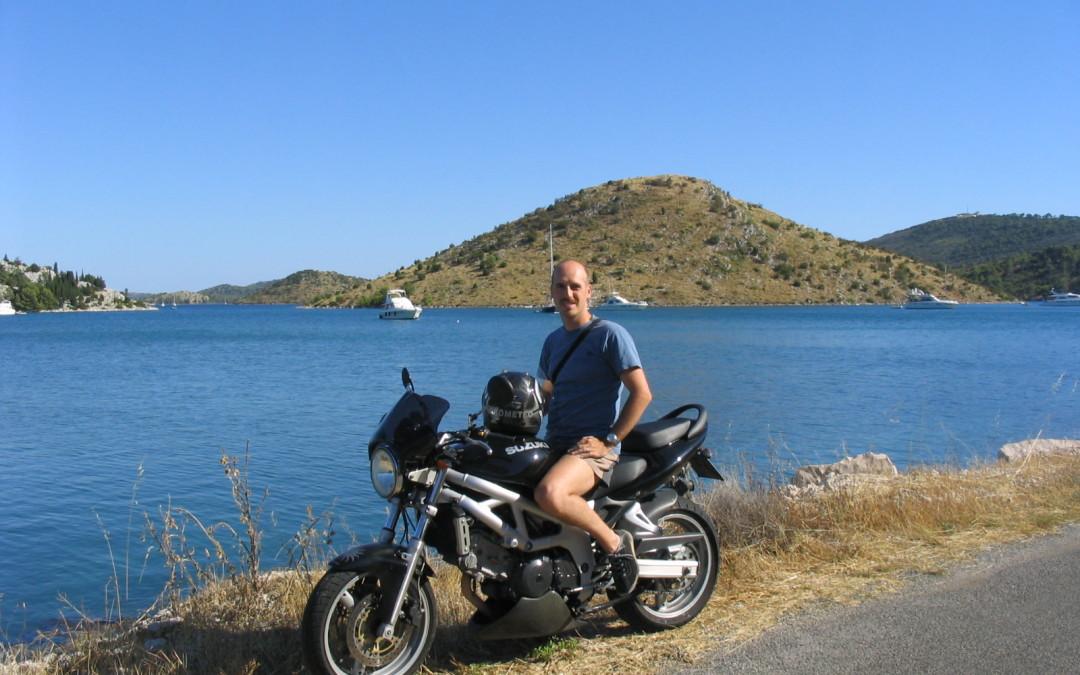 La storia delle mie 15 moto (ho venduto il VFR 750F d'epoca!)