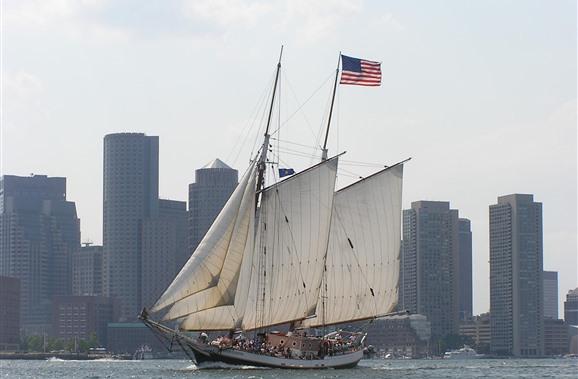 Dormire a Boston, anche su una nave!