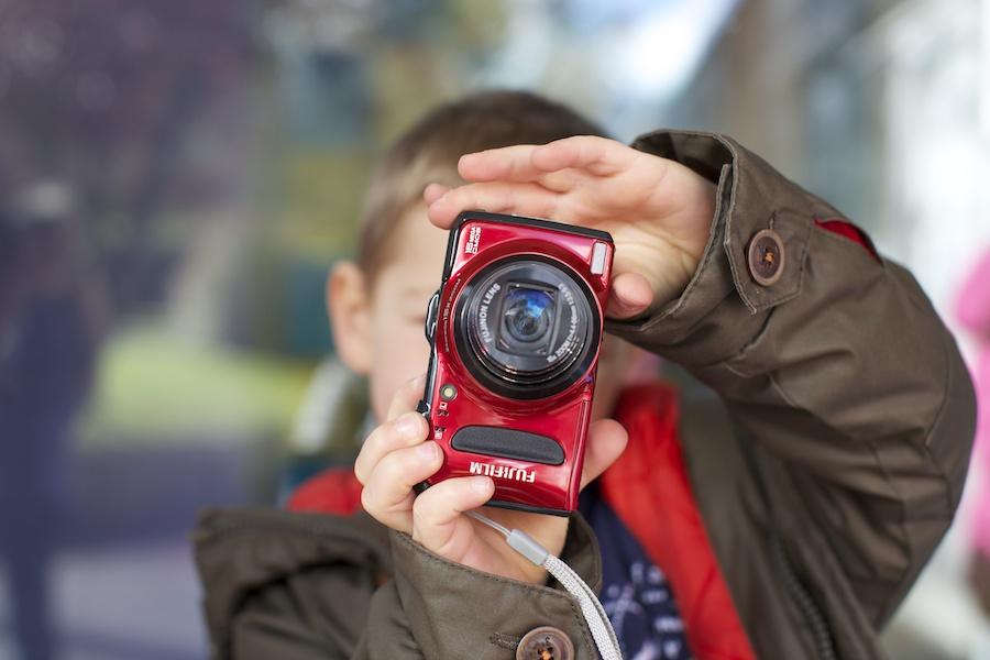Fotocamere per bambini e ragazzi: come scegliere la migliore?